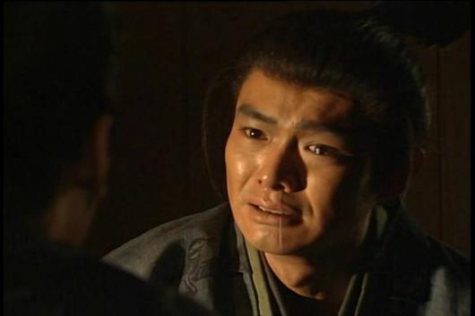 渡部篤郎、まずは左から鼻水
